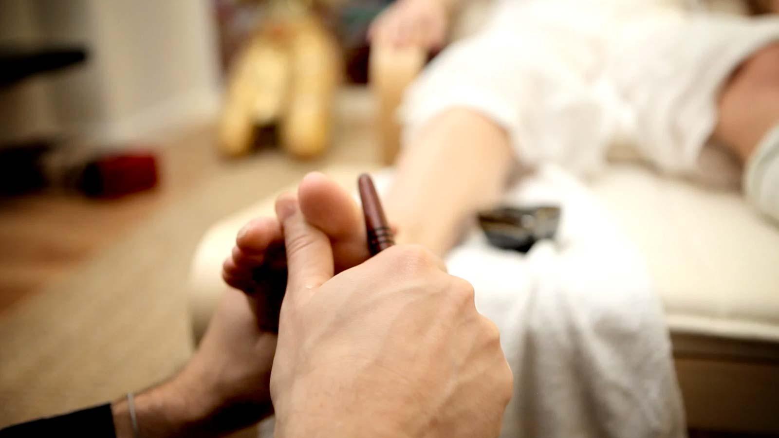 Aprende uno de los masajes más valorados en Asia